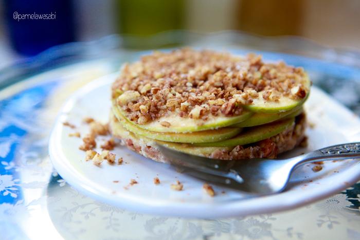 Raw Apple Pie00
