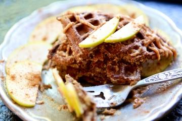 Zucchini Waffles_Vegan_Recipe03
