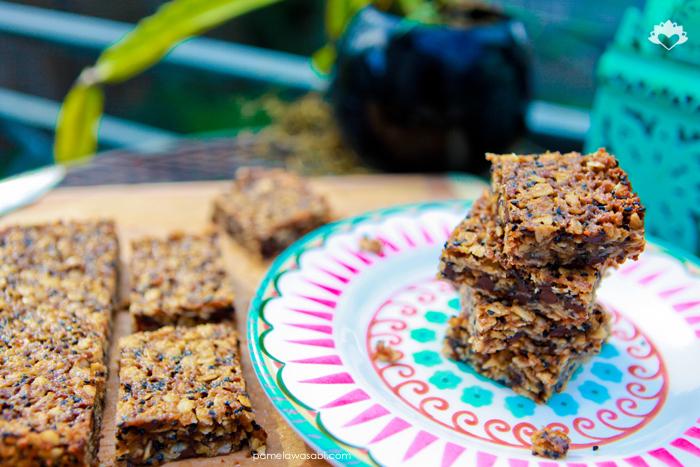 Nut-Free Granola Squares #vegan #glutenfree #pamelawasabi_00