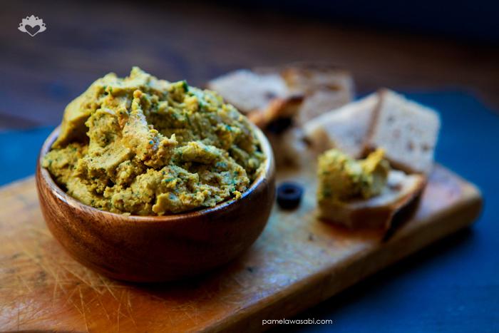 Spinach Hummus #vegan #glutenfree #pamelawasabi_01